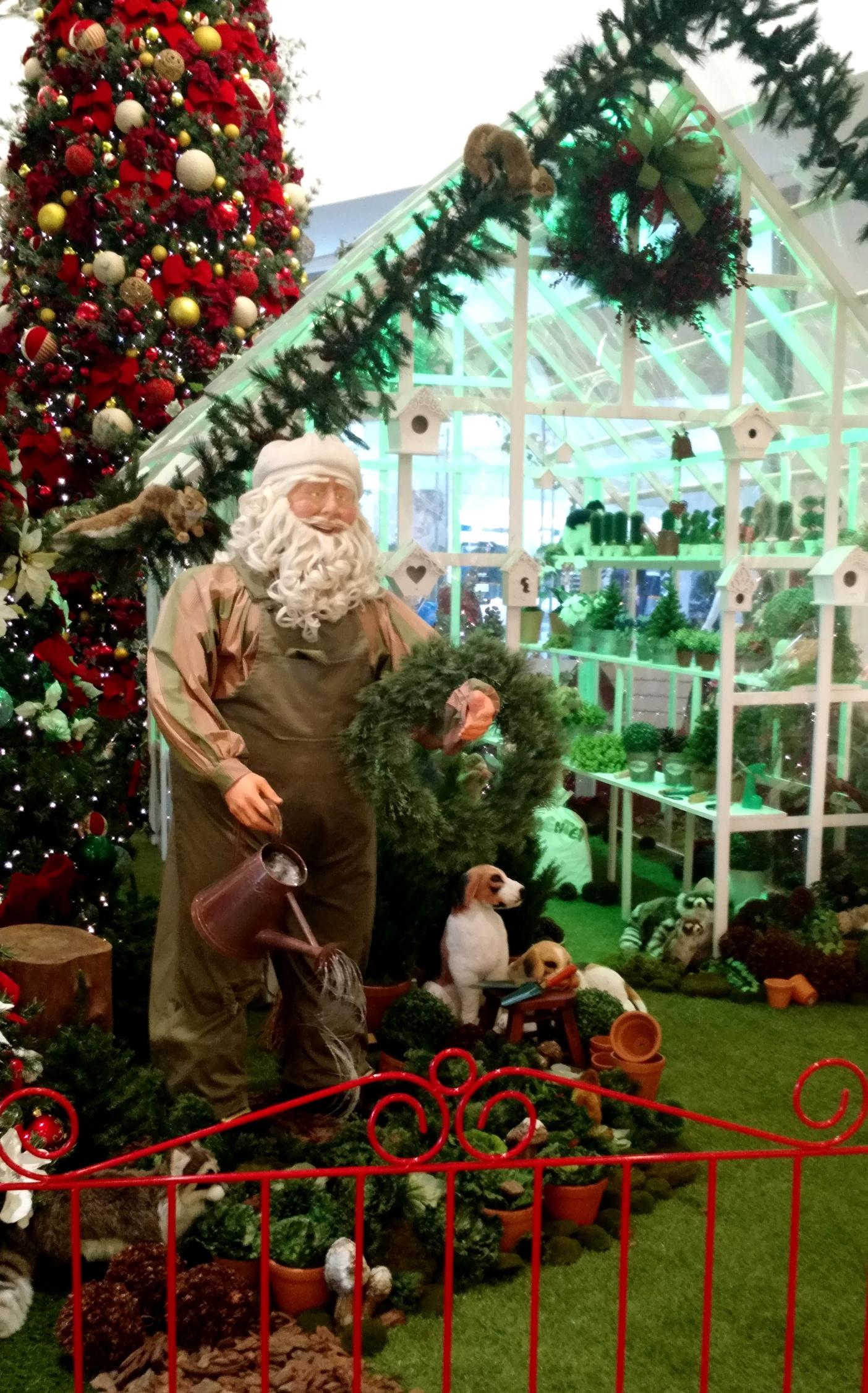 df7c1a655cb91 Chegada do Papai Noel estreia oficialmente o clima de Natal no Balneário  Shopping