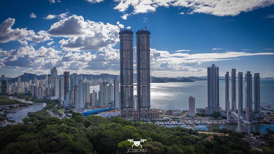 Obra do maior edifício do Brasil chegou ao último pavimento