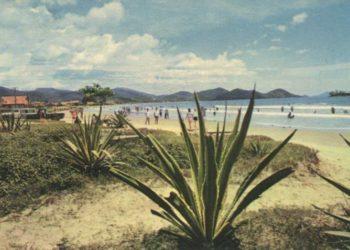 Foto: Anna Corrêa Fuchs Via Grupo no Facebook: Fotos Antigas e História da Praia de Camboriú
